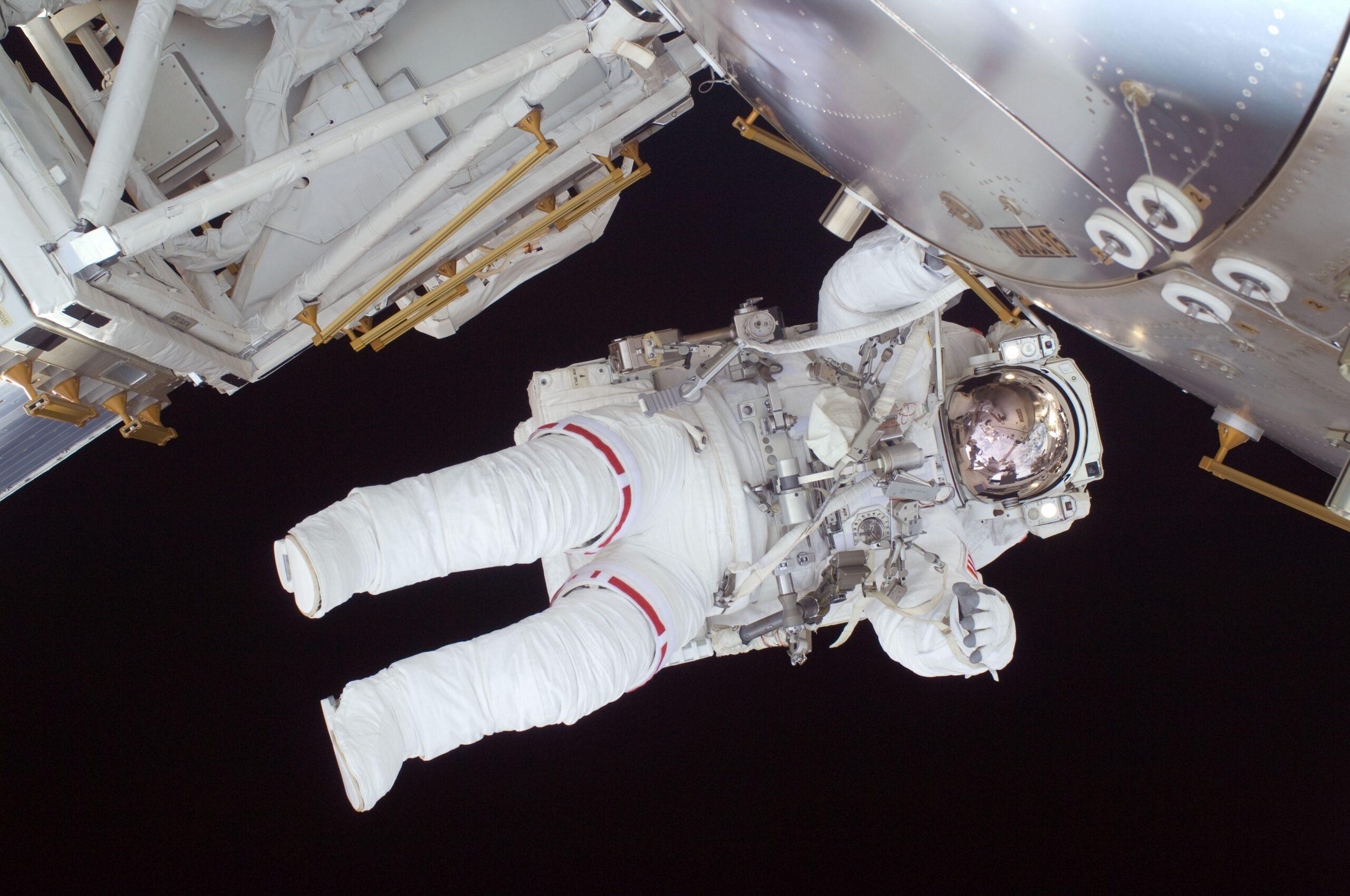 astronaut 602759