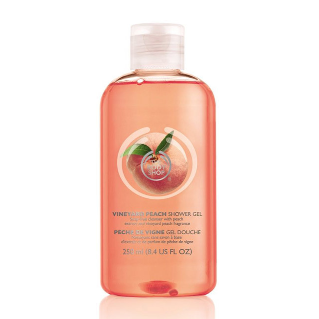vineyard peach shower gel 2 640x640