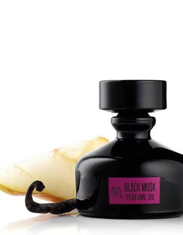 black musk perfume oil 8 640x640