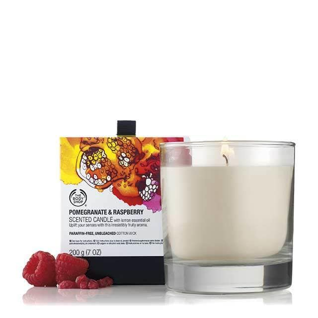 pomegranate raspberry scented candle 3 640x640