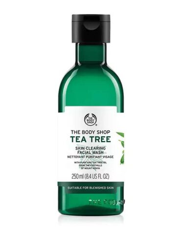 tea tree skin clearing facial wash 1 640x640